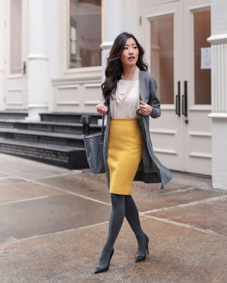 Attractive Spring And Summer Business Outfit Ideas For Women43