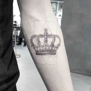 Comfy Crown Tattoos Ideas Youll Need To See15