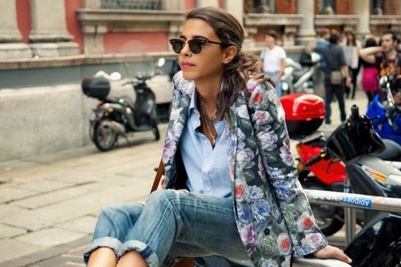 Cozy Combinations Ideas With Floral Blazers You Must Try17