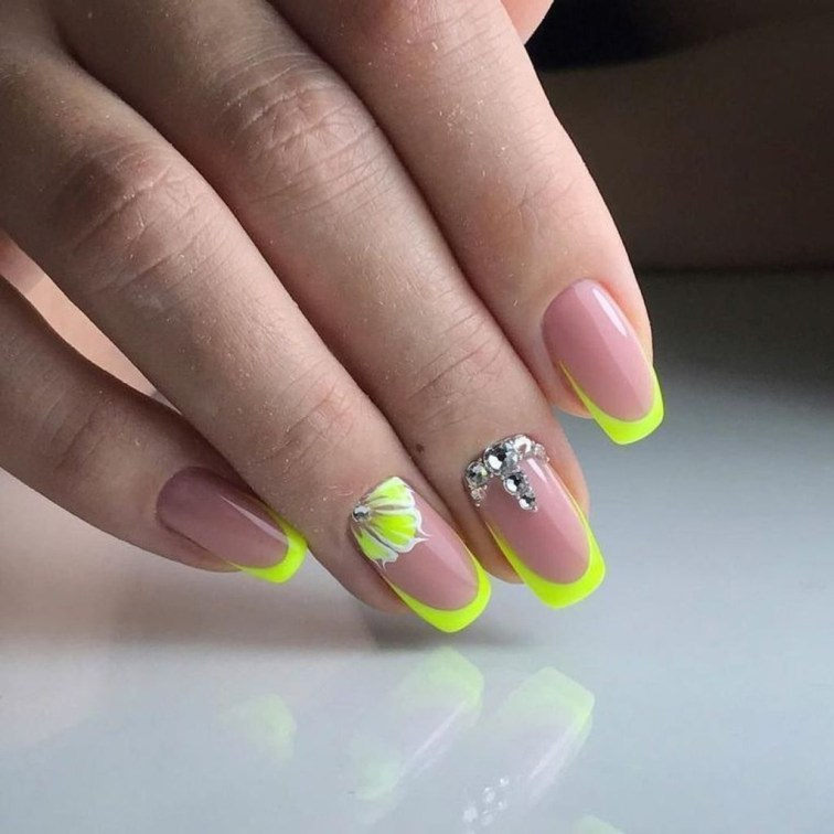 Cute French Manicure Designs Ideas To Try This Season01
