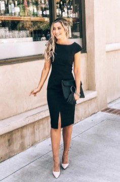 Impressive Spring And Summer Work Outfits Ideas For Women27