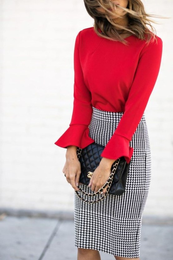 Impressive Spring And Summer Work Outfits Ideas For Women46