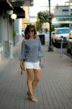 Inspiring Spring And Summer Outfits Ideas For Women Over 4025
