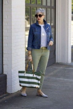 Inspiring Spring And Summer Outfits Ideas For Women Over 4035