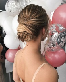 Unique Bun Hairstyles Ideas That Youll Love34
