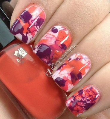 Unusual Watercolor Nail Art Ideas That Looks Cool02