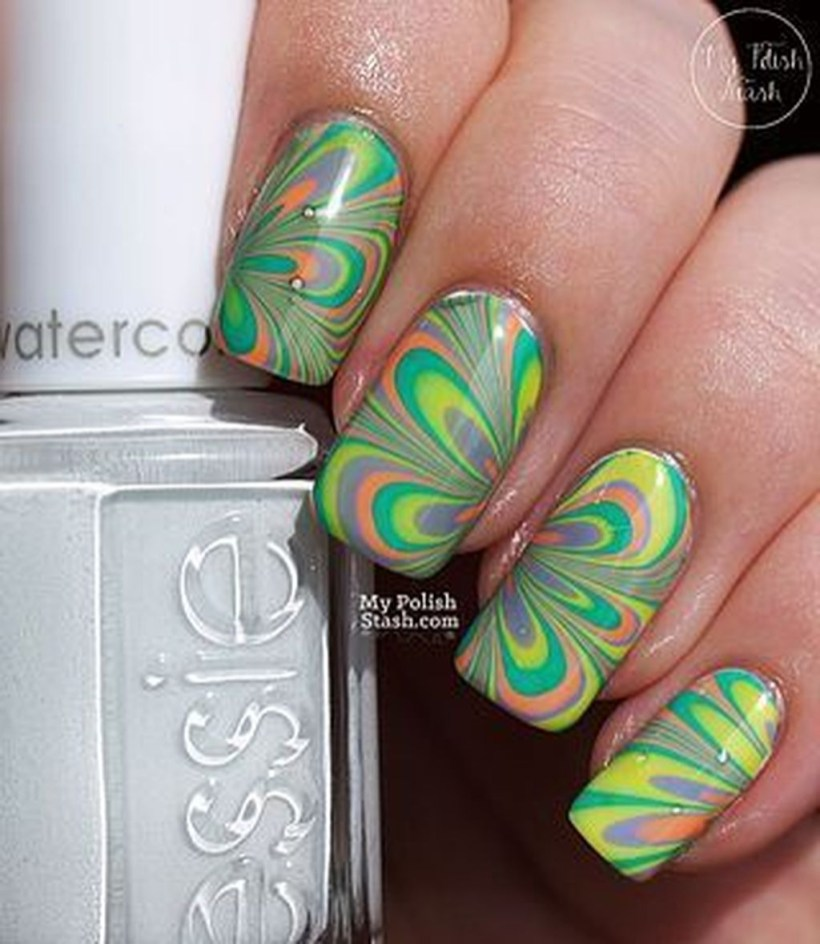 Unusual Watercolor Nail Art Ideas That Looks Cool15