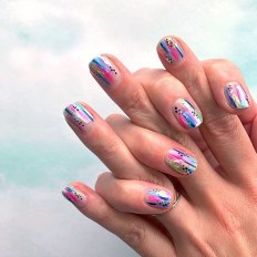 Unusual Watercolor Nail Art Ideas That Looks Cool31