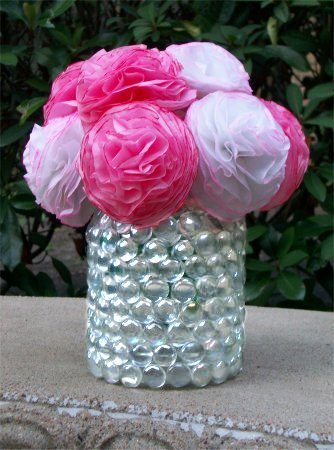 Make A Pretty Vase Out Of Marbles And A Mayo Jar