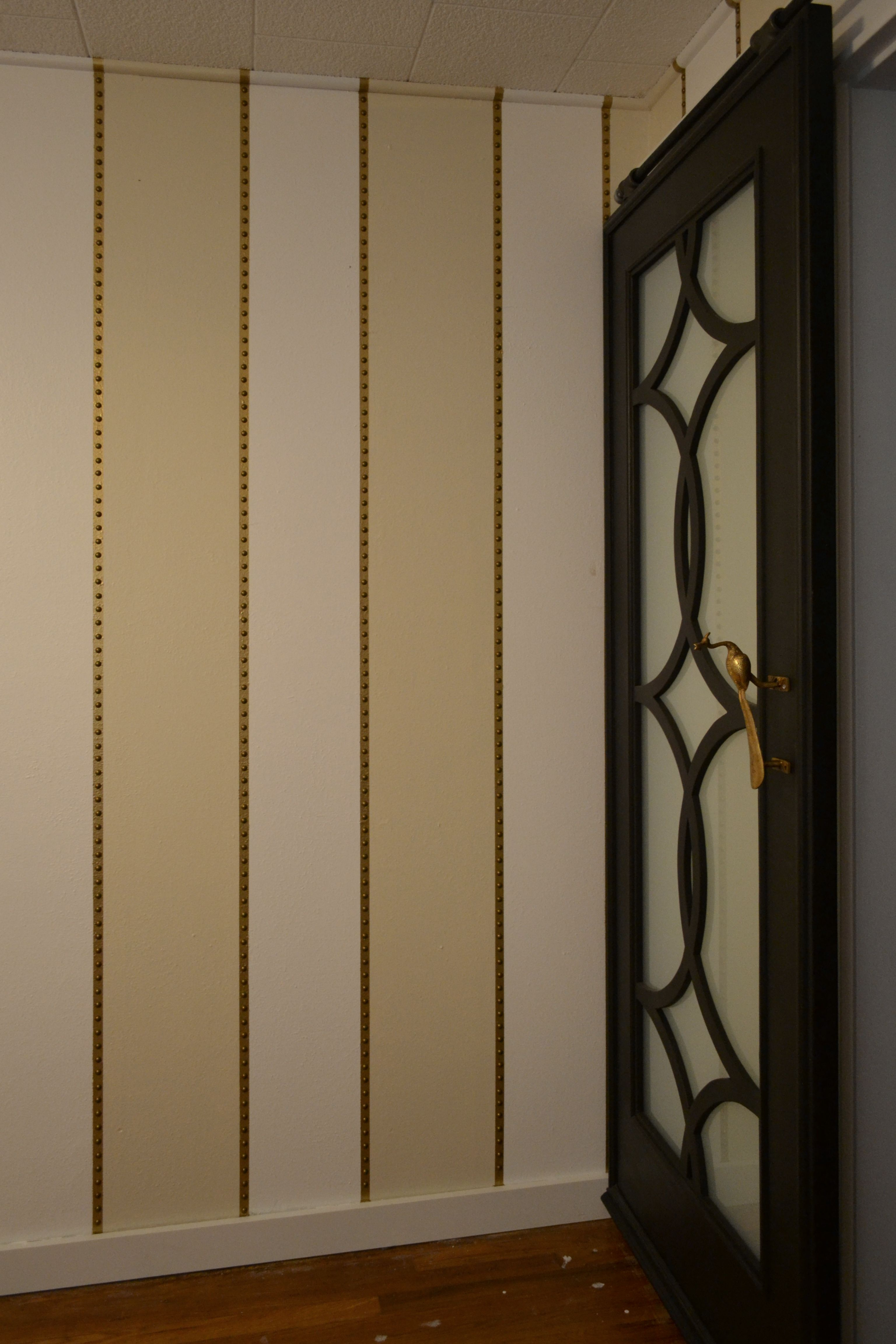 Music Room Wall Treatment Fancy Textured Vertical Stripes