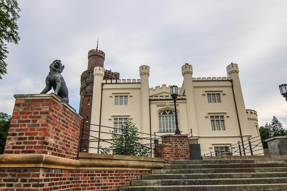 zamek_w_korniku