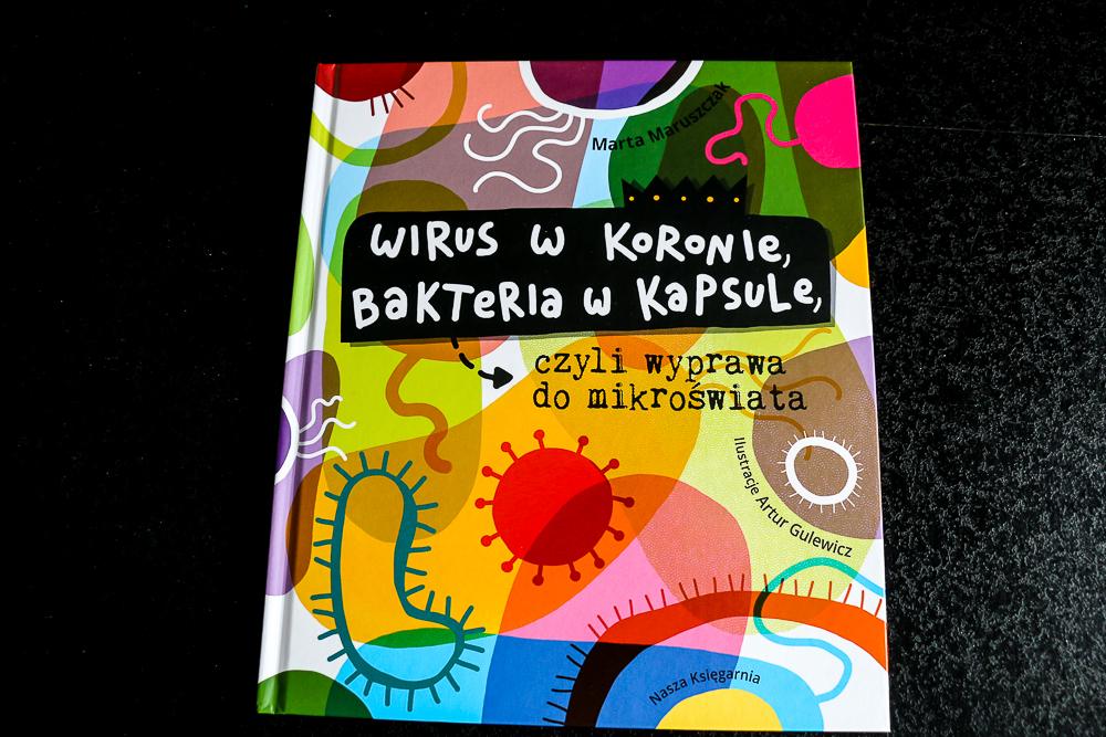 wirus_w_koronie_bakteria_w_kapsule