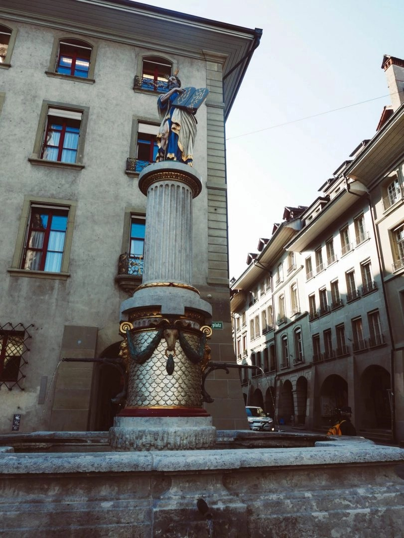 Switzerland's often overlooked capital city is the perfect place to visit with only one day. Here's what to do with one day in Bern.