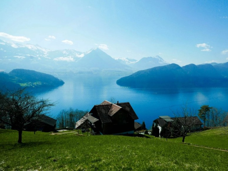 Mount Rigi: Otherwise known as the Queen of the Mountains. A scenic boat and train ride from Luzern, Switzerland brings you to the top of this beautiful mountain, where hiking and viewpoint opportunities abound. The perfect day trip from Lucerne.
