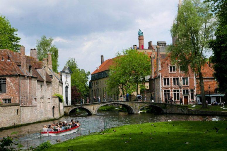 Minnewater Park Bruges