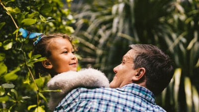 father carries daughter with adhd