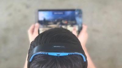 NeuroPlus headset and brain-training game