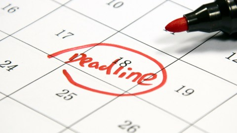 A person with ADHD marks a deadline on a calendar