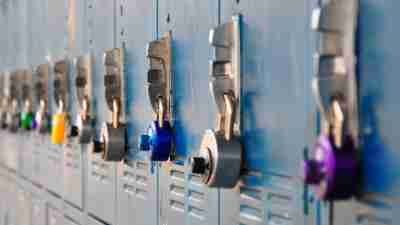 Highschool lockers help ADHD teens stay more organized