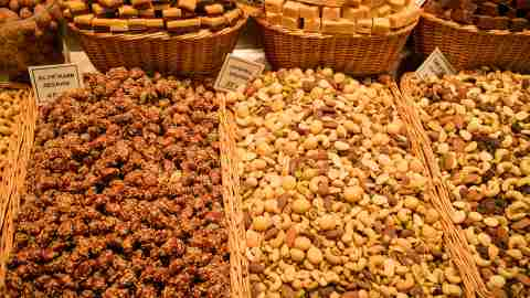 Cashews at a market, lots of omega-3