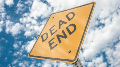 Dead End sign representing ADHD medication problems