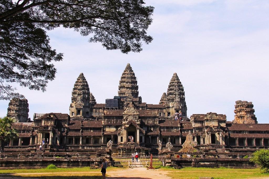 Destinations for the Active Traveler - angkor wat