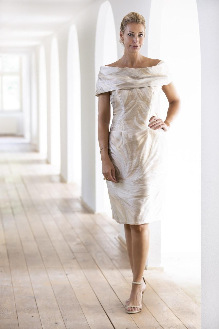 Mid couture dress Addy van den Krommenacker