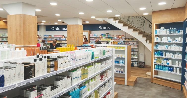 Conception et agencement d'une pharmacie par Adeco Breizh, Bretagne