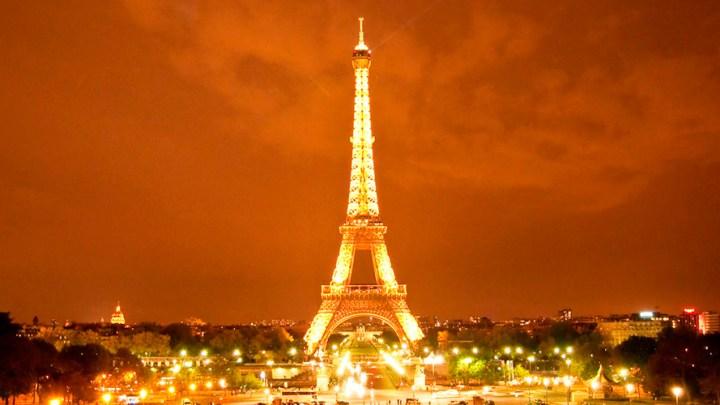 """La torre Eiffel, la """"ignominia de París"""" 1"""