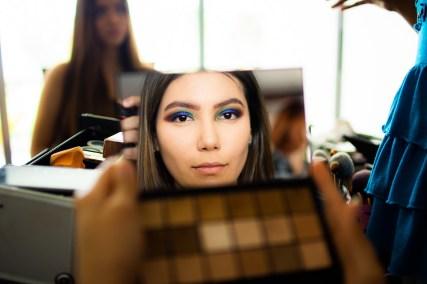 """La imagen que nos devuelve el espejo es más """"joven"""" que la real"""