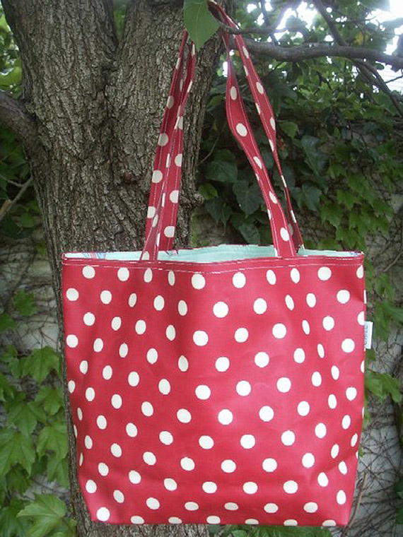 My new polka dot tote bag