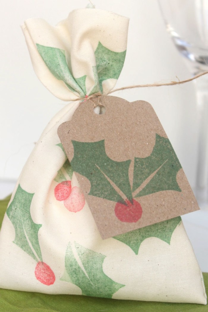 Mini Christmas Santa sacks and Christmas table favours