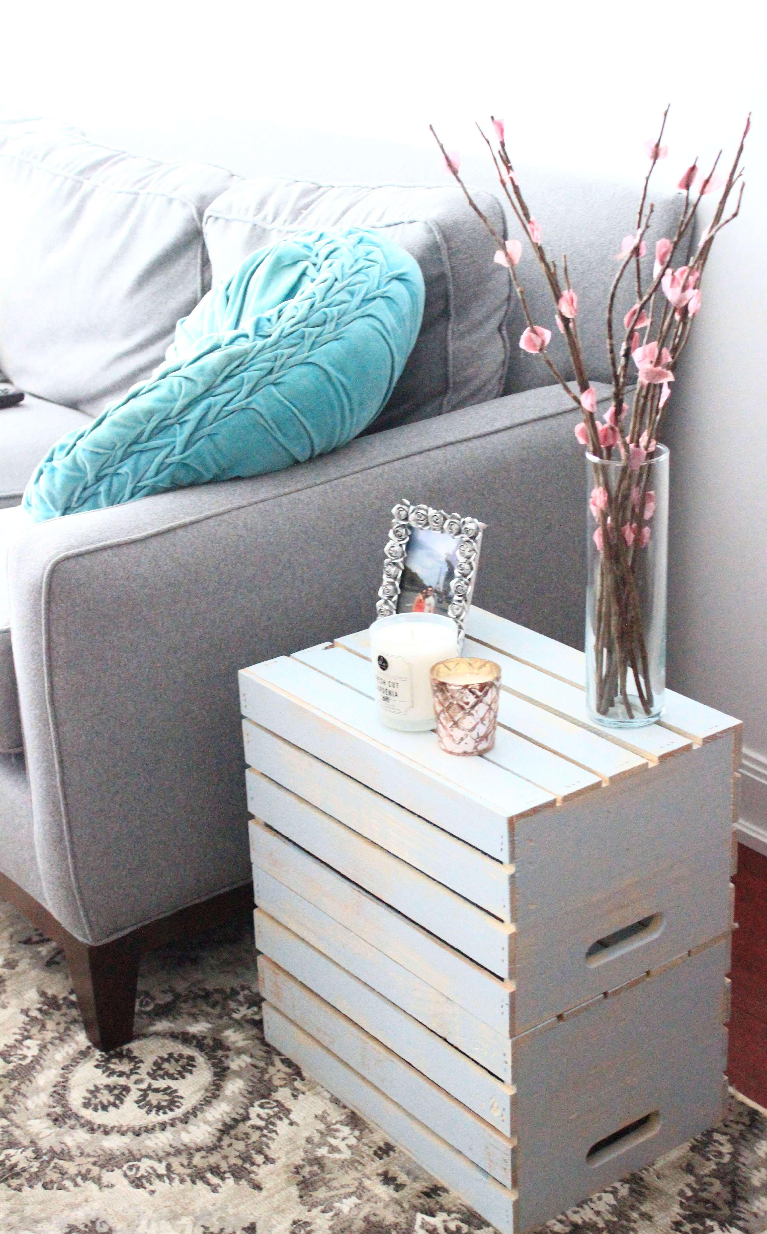 DIY: Vintage Crate Table