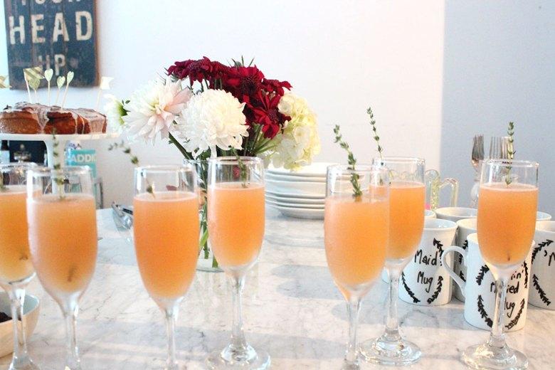 grapefruit-thyme-mimosas
