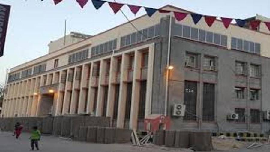 الرئيس هادي يؤكد نجاح الحكومة في تفعيل حسابات البنك المركزي اليمني في الدول الخارجية
