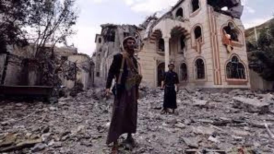 مليشيا الحوثي وصالح تمنع الهلال الاحمر من انتشال جثثها التي أصبحت متعفنة