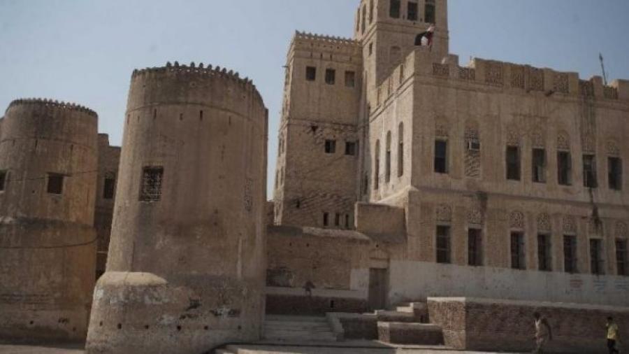مليشيا الحوثي تنهب تأريخ مدينة زبيد التأريخية في الحديدة