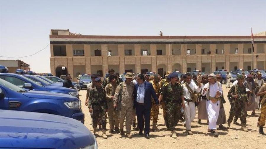 قاموا بزراعة ما يزيد عن 50 عبوة ناسفة.. أجهزة الأمن في الجوف تلقي القبض على خلايا إرهابية