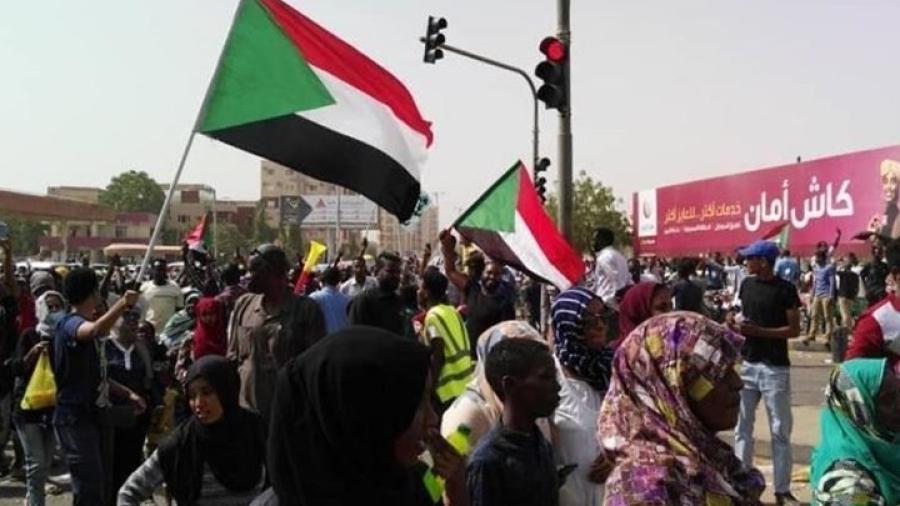 رفع الحصانة عن بعض الضباط.. النائب العام بالسودان يلغي أمن الدولة