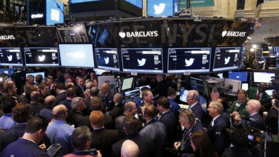 تويتر يحقق إيرادات في 2019 تفوق التوقعات