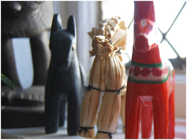 A Denver Home Companion | dala horse as christmas decoration