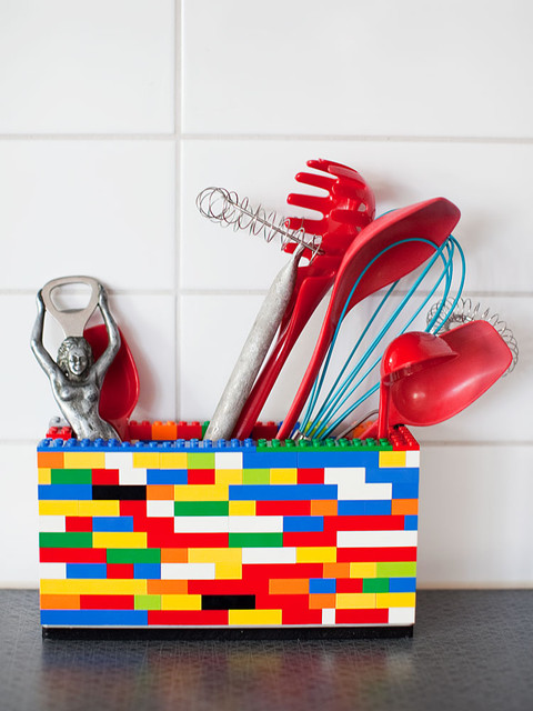 Lego kitchen utensil holder - awesome DIY idea! #product_design