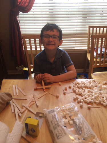 Buidling with mini marshmallows and toothpicks