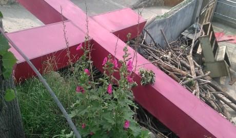 河南省巩义市多处教堂十字架遭强拆
