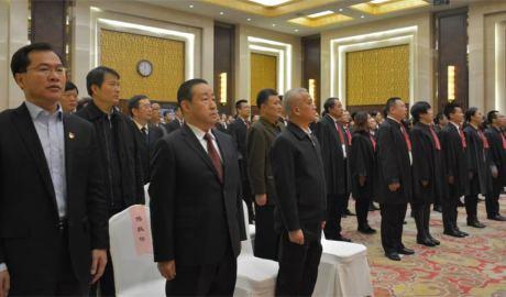 中国十万律师被要求集体宣誓