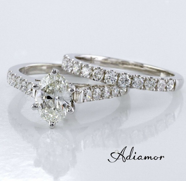 Oval Diamond Engagement Ring and Wedding Band