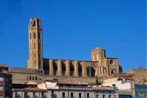 La Seu Vella, se encuentra en la lista de los monumentos españoles que buscan ser declarados como Patrimonio de la Humanidad por la UNESCO.