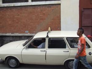Dacia combi Antananarivo Madagascar