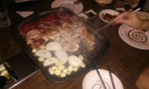 mâncare gătită la un restaurant coreean Antananarivo Madagascar2