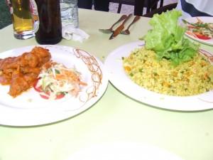 Mâncare la restaurant lângă Antananarivo Madagascar1